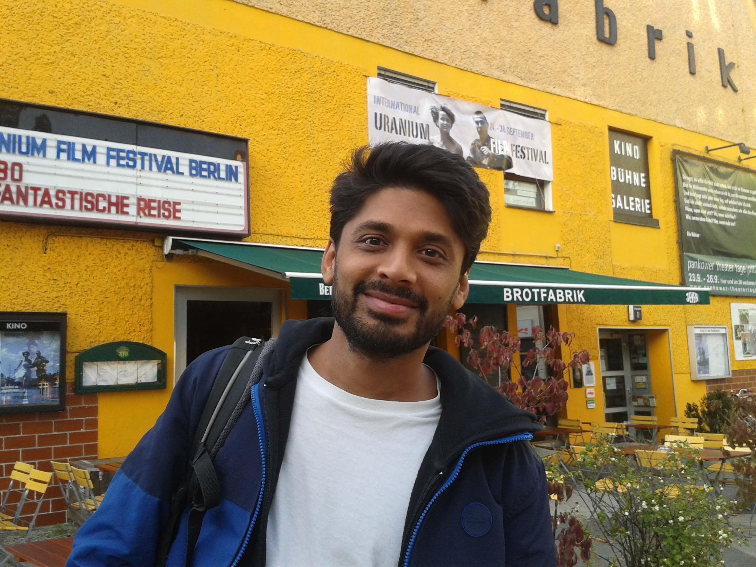 Regisseur Praved Krishnapilla der zum Festival nach Berlin Pankow anreiste